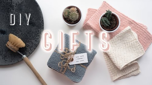 DIY Christmas gifts // handmade presents that anyone will love - YouTube