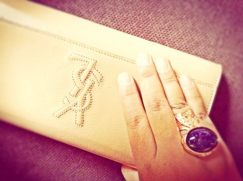 YSL - BDJ Clutch Beige and YSL Arty Ring in Marine Rose Gold