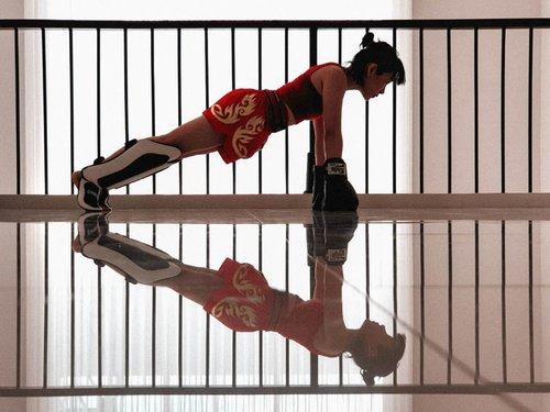 Setelah seminggu tepar akibat asam lambung, rindu Muaythai @putusanjaya♡♡♡♡♡♡♡#clozetteid #muaythai #muaythaigirls #muaythaiindonesia #girlswhofight #musclesandmascara #activeliving #fitmom #fitspiration #fitspo #fitmomsofig #momswithmuscle #fitnessjourney #iworkout #idontsweatisparkle #girlswhokickas #thaiboxing #boxingtraining #thaiboxinggirl