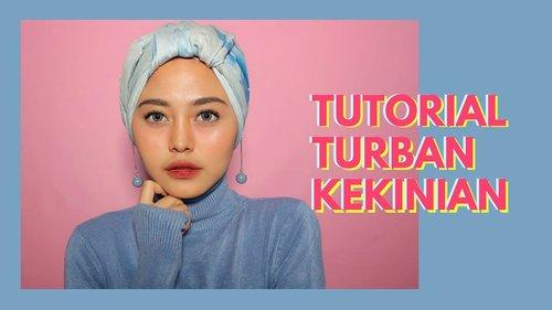 "<div class=""photoCaption"">Tutorial Hijab Sehari2 dgn 1 Jarum Pentul -  Nadhila QP - YouTube</div>"