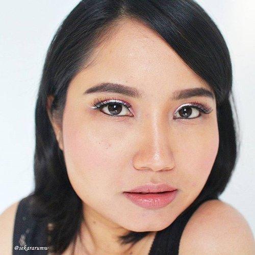 karena saya merasa #fotd pink-october yg saya bikin kemarin agak berantakan, jadi hari ini saya bikin ulang. #cahselo 😁.   #motd #makeupjunkie #makeupaddict #clozetteid #pinkselfie #cotw #beauty #makeup #selfie