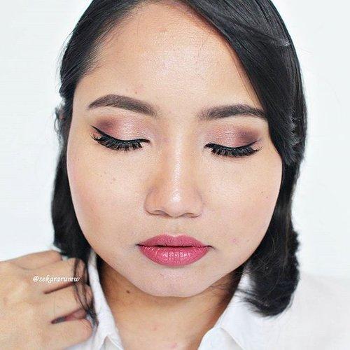wearable #pinkselfie . #FACE Atomi BB cream (from @mslie86), @revlonid colorstay concealer, @makeoverid camouflage #palette, Marina Compact Powder, @sleekmakeup contour kit, @nyxmakeupid powder blush peach || #EYES @fanbocosmetics pencil #eyebrow, @maccosmetics paint pot soft ocrhe, @thebalmid nude tude #eyeshadow palette, Cosmos pencil eyeliner, @viva.cosmetics liquid #eyeliner, @ratubulumata #lashes no. 120 || #LIPS @silkygirl_id lipliner mauve, lalu pakai glossy #lipstick di atasnya tapi lupa pakai apaan maafkan akoh 😭😭 . #makeupjunkie #makeupmafia #makeupaddict #cotw #clozetteid #beauty #makeup #selfie #motd #fotd #eotd