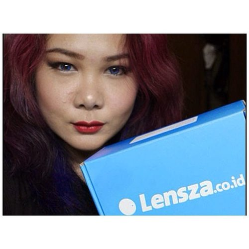 Easy Lens Shopping with @lensza! More info please go to my blog  www.polishwonderland.com  #fotd #blue #contactlens #redlips #potd #lensza #bblogger #bblog #indonesiablogger #beautyblogger #girls #asian #freshlookcontactlens #purplehair #purplehairdontcare #color #fdbeauty #clozetteid