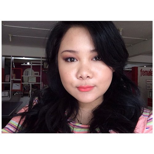 Turns put with darker hair, i can rock a coral -orange lipstick! Im using @colourpopcosmetics in shade Brunch!  #fotd #makeup #fdbeauty #clozetteid #corallips #orangelips #blackhair #girls #nofiltters #colourpop #bblogger #asian