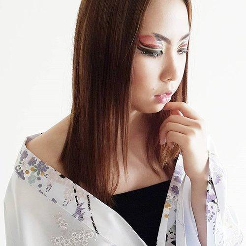 Japanese look 😗😗😗 HMUA by meTalent : @heldymarcellin #mua #makeupartist #beauty #beautyblogger #bblogger #blogger #indonesiabeautyblogger #beautybloggerindonesia #runwaymakeup #runway #wakeupandmakeup #hudabeauty #vegas_nay #fashion #makeup #clozette #clozetteid #editorial #beautyshoot #potd #picoftheday #instadaily #selfie #like #like4like #pinkperception #lookamillion #japaneselook