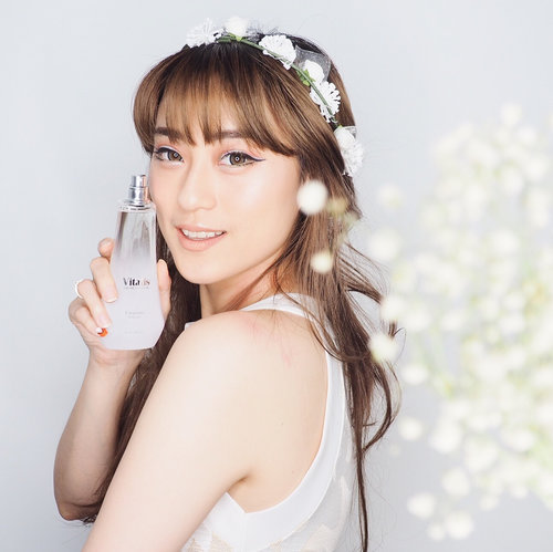 Sometimes you might be forgotten but your scent can be unforgettable.. So keep calm and spray on using White Empress Eau de Cologne from Vitalis...Wangi dari White Empress Eau de Cologne ini girly and florally dengan kandungan jasmine, cedarwood, lily, and musk jadi bisa bayangin dong wanginya...Embrace your inner princessy side 👸🏻 .........#clozetteid #VitalisEmpressionXClozette #vitalisempression @pesonavitalis @clozetteid