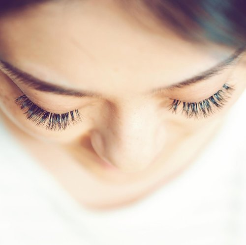 Because lashes make everything better .. Get yours at @two.cents ......#lashes #lashextensions #beautiful
