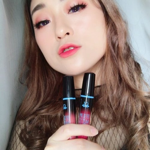 [DeleteSoon] Try mixing 2 colors of @qlcosmetic Lip Matte .. Sekalian nyoba untuk pertama kalinya juga.. Will review it soon.. So stay tuned & don't forget to turn ON your notification.. .........#deletesoon #firsttime #qlcosmetics #lipmatte #gradationlip