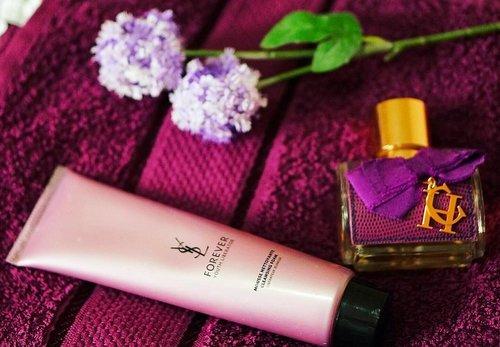 < i'm on a purple run lately 😉> 💜 . . . . #purple #purplestride #colorsofinstagram #purplehaze #purpleday #todayscolor #bblogger #yslbeauty #iglove #carolinaherrera #beautygram #beautypost #instalove #beautyblogger #pretty #itsagirlthing #clozetteid