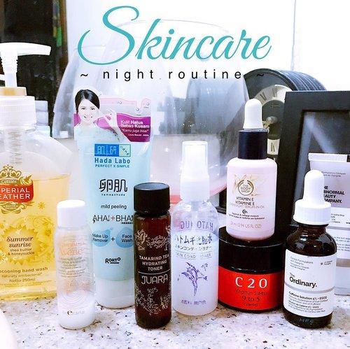 Last night's #skincareroutine (will be blogged soon) : . 🌸 #Avene Extremely Gentle Cleanser (wipe off formula) #Hadalabo AHA+BHA Makeup Remover / Face Wash #Juara Tamarind Tea Hydrating Toner #Hatomugi Skin Conditioner #TheBodyShop Vitamin E Overnight Serum in Oil #OST C20 Vitamin Sleep 9 to 5 Crema #TheOrdinary Caffein Solution 5% + EGCG (eye cream) . Extra : #ImperialLeather Summer Sunrise Conditioning Hand Wash . . . . . . #skincaregram #skincareroutine #skincaremenu #love #skincareregime #skincareblogger #skincarediary #fotd #skincarelove #bblogger #beautygram #instablogger #ykskincare #clozetteid