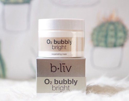 Been trying this oxygenating mask from @bliv that was sent to me a while ago. It has been a wonderful experience with satisfying results! Will do a more detailed review on zè blog soon! 🌵 . . . . . . . . #maskreview #gowiththeglow #beautyblogger #bblogger #skincaregram #skincareblogger #skinadvice #facemask #beautyenthusiast #skincaregoals #clozetteid