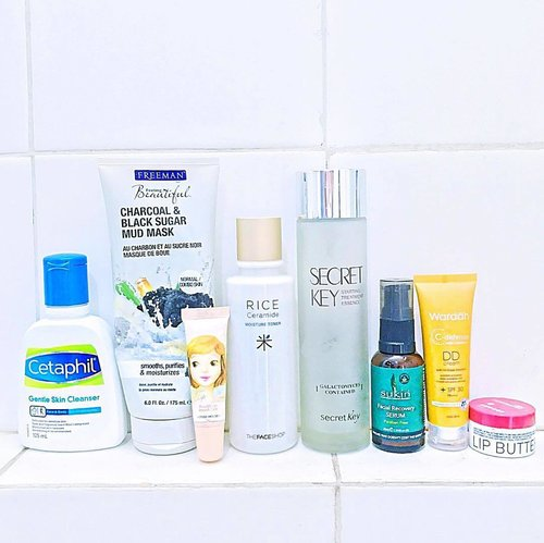 { #ontheblog }   This morning's skincare routine includes American, Korean, Australian, Indonesian, and Greek products ! 😀 => ( Skincare brands from all over the 🌎 ) : . 🦋 #Cetaphil Gentle Skin Cleanser #Freeman Charcoal & Black Sugar Mud Mask #EtudeHouse Kissable Lips Smooth Care (lipscrub) #TheFaceShop Rice Ceramide Toner #SecretKey Starting Treatment Essence #Sukin Facial Recovery Serum #Wardah C-Defense DD Cream (as moisturizer + SPF) #Korres Lip Butter in Pomegranate . 🦋 #skincaregram #skincareroutine #skincaremenu #love #skincareregime #skincareblogger #skincarediary #fotd #skincarelove #bblogger #beautygram #instablogger #ykskincare #clozetteid