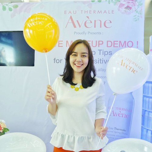One of my favorite beauty brand @eauthermaleaveneindonesia brings another lovely products which instantly catch my attention!  It's Very High protection Mineral Cream SPF 50+ & Cold Cream Nourishing Lip Balm 😻  Wait for the review on my blog~  #avenegalerieslafayette #avenexlafayettejktxclozette #clozetteid #me #skincare #beauty #eauthermaleavene #selfportrait #instastyle #potd #ootd #picoftheday #photooftheday #bestoftheday #outfitoftheday #bloggerstyle #bloggerevent #followmejp #follow4follow #like4like #sougofollow