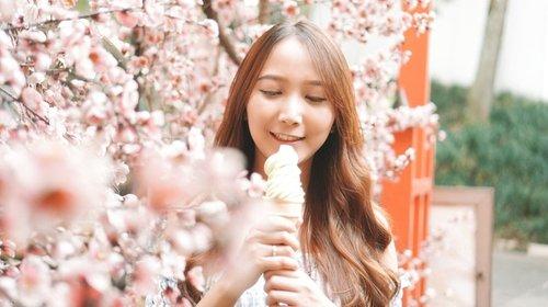 Makan ice cream green tea di Jepang tapi boong deng ini cuma di Ciwalk 😆😆. #blogger #impiccha #piccha #tribepost #bandungbeautyblogger #clozetteid #japan #ciwalk