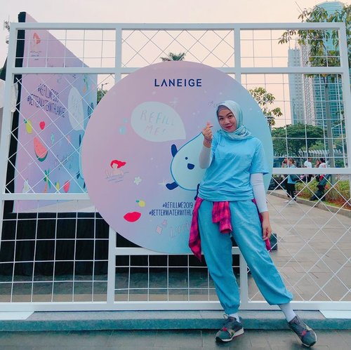 Thankyou @laneigeid @clozetteid for having me 💧Get Health and Sparkling Your Beauty 💧✨ Enjoy zumba fun and free skin check. And I got 2 samples of Laneige product yaayy 💧By the way, is my first CFD 😂 so happy 🌈#refillme2019 #betterwaterwithlaneige #clozette #clozetteid #skincare #makeup #selfie #laneige #laneigeindonesia