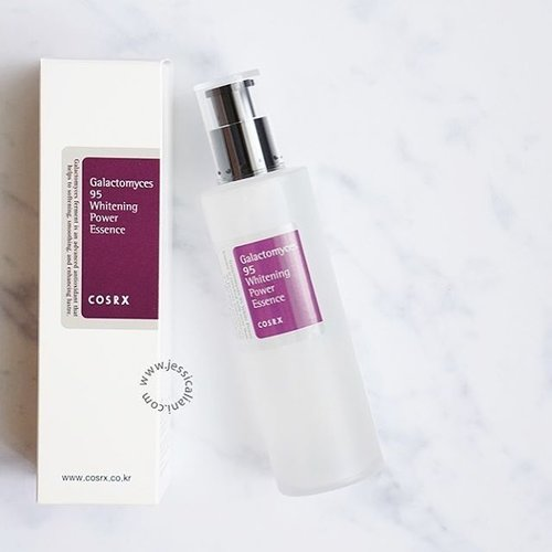 Love love this @cosrx essence! Combine this with snail essence and they will fade your acne scars right away. . Want to try more @cosrx products 😍 . Read my review (link on bio) . #beautyreview #Baliblogger #balibeautyblogger #clozette #clozetteid #cosrxreview #cosrx