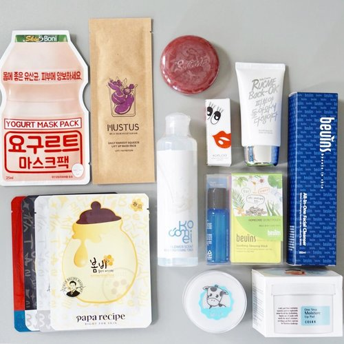 Haul from #KBP  @koreanfriends.id event few weeks ago 😍 . @paparecipe_official @beuins_official @kocomei_korea @god.skin @cosrx @coreana_official @mustuskorea . So far, I'm so impressed with @paparecipe_official masks, they're super good and smells amazing . @beuins_official also has great range of mask that can be used everyday . @kocomei_korea has great lipstick color and toner . @god.skin is the new things I love to try . @cosrx as you already know, always been my fave! . #koreanfriends #koreanmakeup #koreanskincare #koreanbeauty #baliblogger #beautyblogger #balibeautyblogger #clozetteid
