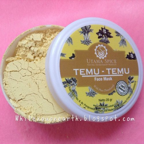Temu temu mask from @utamaspice that can absorb all your nasty oils and sebum almost instantly, prepared to be mattefied. All #natural product that bring goodness from #nature http://www.whileyouonearth.blogspot.com/2014/11/utama-spice-temu-temu-face-mask.html #id #idblog #Indonesia #madeinindonesia #skincare #facemask #powder #temulawak #allnatural #parabenfree #nosls #noharshchemical #instabeauty #instadaily #igers #ig #idbblogger #bblogger #bbloggerid #bbloggerig #clozetteID