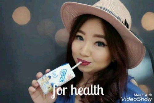 For health, beauty and active lifestyle, let's drink Yogurt everyday with @heavenlyblushyogurt. Aku berhak menang karena aku seorang #yogurtarian yang ingin menemukan #heavenlyblushgreeksecret di Yunani. Konsumsi yogurt secara langsung, dengan buah-buahan, sebagai dressing salad atau untuk kecantikan sebagai masker wajah ataupun rambut, and enjoy the benefits ❤️ #healthyskin #health #healthyliving #Clozetteid #beauty #healthyfood #foodies #yoghurt #yogurt #lifestyle #trend #livestrong