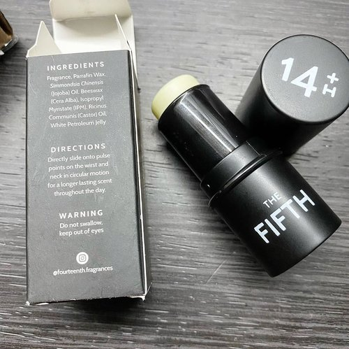 "As said previously, gw beli lagi donk The Third, dan kali ini di bundle pack sama The Fifth.  The Fifth ini aromanya lebih woody and suitable for unisex but more to the man. Masculine tapi bisa di layer sama The Third jadi lebih fresh and a hint of fruity sweetness.   Intinya gw sukaaa banget sama @fourteenth.fragrances hahaha jadi entah bias atau gimana tapi solid perfume ini aromanya lebih enak dan tidak menohok 😂  Solid perfume memang lebih ""soft"" dibanding sprayed perfume yang can be a bit sharp karena efek evaporasi liquid dan alkoholnya.   More less seperti itulah jadi intinya I love these solid perfumes from @fourteenth.fragrances   Especially The Third. Must try ❤️  #perfume #love #solidperfume #floral #clozetteID #igdaily #instadaily #igers #igbeauty #igstyle #beautyproducts #igreview #woody #scents #parfumlokal #handmade"