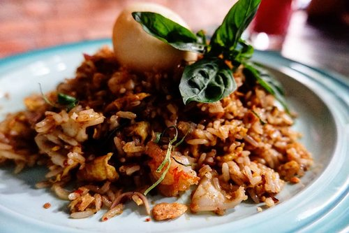 Favorit food, nasi goreng. Selalu doyan always gak pernah never. #foodoftheday #salad #ClozetteID #Indonesianfood  #doyan  #fresh #love #veggies #musttry #nasigoreng  #friedrice  #freshfood #yums #enakbanget #dinner #enak