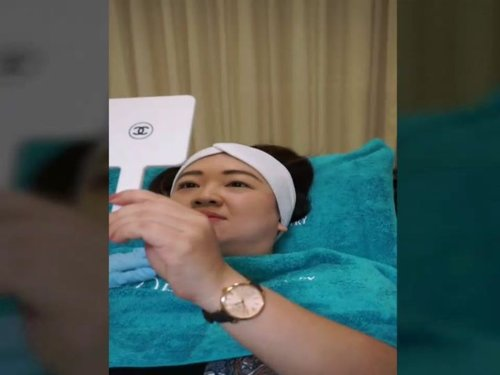 Here it is, the video of the process where I get my V shape face 😁Full video available on my youtube channelhttps://youtu.be/-8xvnfPKKHY#BotoxRahang #chinfiller #botox #filler #vlogger #mesodoublechin #vshape #dermaministry #dermaministryreview #ClozetteID #update @derma.ministry#faceslimming #salonjakarta #klinikjakarta #slimming