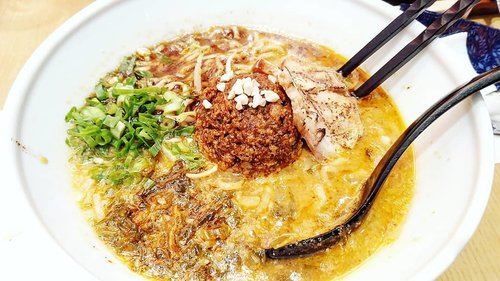 """<div class=""""photoCaption"""">Yums, enakkkk banget 😊Really spicy and really good.  <a class=""""pink-url"""" target=""""_blank"""" href=""""http://m.clozette.co.id/search/query?term=ippudo&siteseach=Submit"""">#ippudo</a>  <a class=""""pink-url"""" target=""""_blank"""" href=""""http://m.clozette.co.id/search/query?term=yums&siteseach=Submit"""">#yums</a>  <a class=""""pink-url"""" target=""""_blank"""" href=""""http://m.clozette.co.id/search/query?term=fooddiary&siteseach=Submit"""">#fooddiary</a>  <a class=""""pink-url"""" target=""""_blank"""" href=""""http://m.clozette.co.id/search/query?term=foodtrend&siteseach=Submit"""">#foodtrend</a>  <a class=""""pink-url"""" target=""""_blank"""" href=""""http://m.clozette.co.id/search/query?term=ramen&siteseach=Submit"""">#ramen</a>  <a class=""""pink-url"""" target=""""_blank"""" href=""""http://m.clozette.co.id/search/query?term=spicyramen&siteseach=Submit"""">#spicyramen</a>  <a class=""""pink-url"""" target=""""_blank"""" href=""""http://m.clozette.co.id/search/query?term=Japanasefood&siteseach=Submit"""">#Japanasefood</a>  <a class=""""pink-url"""" target=""""_blank"""" href=""""http://m.clozette.co.id/search/query?term=delicious&siteseach=Submit"""">#delicious</a>  <a class=""""pink-url"""" target=""""_blank"""" href=""""http://m.clozette.co.id/search/query?term=ClozetteID&siteseach=Submit"""">#ClozetteID</a></div>"""