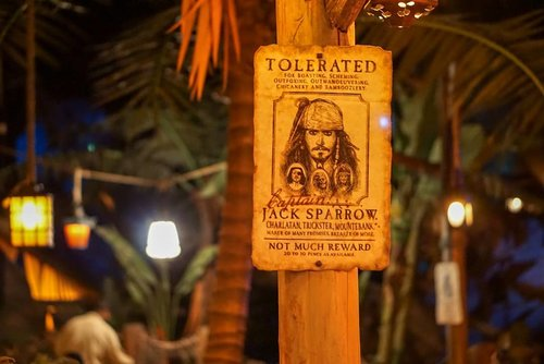 Captain Jack restaurant at @disneylandparis is a must visit. The decor is amazing and the food is delicious.  It might take a while to serve the food but I personally love the ambiance.  #captainjackrestaurant #disneylandparis #disneyland #restaurantdesign #interiordesign #ClozetteID #love #jacksparrow #fooddiary #foodies #yums #recommended #paris