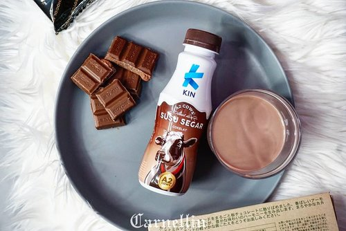 Afternoon nutritious intake that taste chocolicious.  https://whileyouonearth.blogspot.com/2018/10/kin-fresh-milk-coffee-and-chocolate.html?m=1  @kindairyid  #KinFreshMilk 	#SusuBerkelasDariSapiTeratas	#AmazingMilk #SusuSapiA2		#SusuFreshMilk  #AmooozingCow #milk #chocolate #chocolatedrink #love #ClozetteID #healthymilk #yums #health