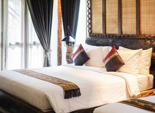 Just get settled into @javawoodenvilla after exploring Angkor for a whole day! ___ #siemreap #beautyappetitetravels #javawoodenvilla #clozetteid