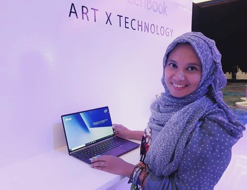 ASUS ZenBook yang akan di launching 5 menit lagi sekeren apa yaaaa? @asusid @travelerien @emmet24son @aryendaatma#UnleashYourCreativeVision#ZenBookID#2019PakaiZenBook#laptop #technology #tech #blogger #bloggers #bloggerdaily #bloggerloop #bloggerstyle #keepgoing #keepmoving #zenfan #clozetteid