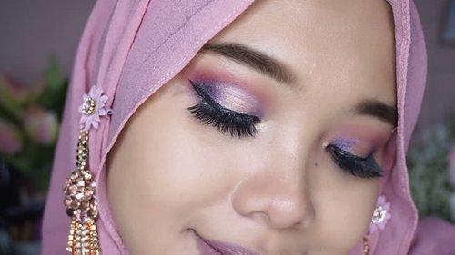 Detail eyelook pakai Focallure Endless Possiblities 30-Pan Eyeshadow Palette. Aku masih main aman aja pakai warna soft kayak pink dan ungu. Nanti di tunggu aja ya look-look berani lainnya....@focallurebeauty @focallurebeautyid #FocallureEndlessPossibilities #Focallure30 #focallure30eyeshadowpalette #coniettadaily #dailylife #clozetteid #eyelook