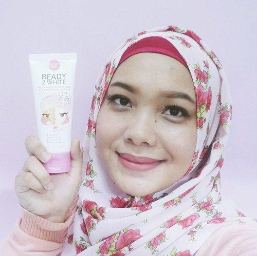 Aku baru aja nyobain @cathydollindonesia Ready 2 White Milky White Cream Pack yang aku dapatkan dari Guardian Beauty Box bulan kemarin. Hasilnya kulitku cerah instant hanya dalam 3 menit 💕💕💕 Kalian bisa baca full review-nya di blog ku : http://bit.ly/cathydollready2white & juga di channel YouTube . . . . . . . #Cathydoll #CathydollID #GuardianBlogger #review #coniettacimund #indonesiabeautyblogger #indonesiabeautyvlogger #beautybloggerid #clozetteid #fdbeauty