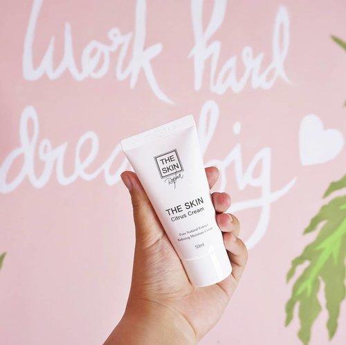 Kemarin habis nyobain The Skin Rapha Citrus Cream dari @kallala.official. Gimana hasilnya diwajahku setelah 3 minggu aku gunakan? Yuk baca review lebih lengkapnya di blogku :  http://bit.ly/THESKINRaphaCitrus....#coniettacimund #coniettablog #review #beautybloggerid #clozetteid #femaledaily