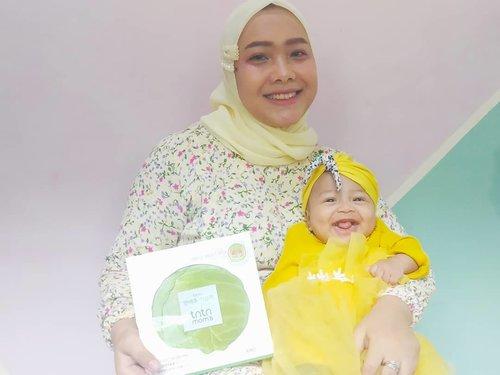Sheet mask dari ekstrak daun kol? terus bisa dipakai untuk ibu menyusui? Sebenarnya produk apakah ini? Nah kalau penasaran langsung aja cek di blogku ya : http://bit.ly/tntnmomsrevu ...#coniettadaily #coniettablog #tntnmoms #revuindonesia #mommiesdaily #clozetteid