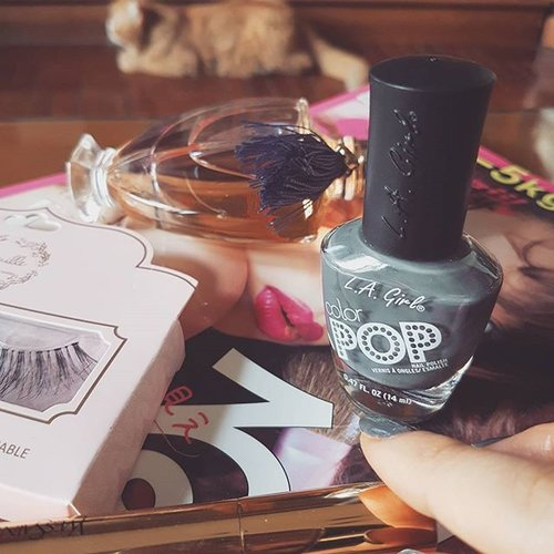 Essentials on stormy moody days. Nails on fleek using Storm @lagirlindonesia #lagirlindonesia #lagirl #nail #nailcolor #nailporn #nailpolish #nails #nailsoftheday #nailsofinstagram #fdbeauty #clozette #clozetteid #clozetteco #instabeauty #igbeauty #beautydiaries #beauty #beautyaddict #beautyjunkie #makeup #makeupaddict #perfume #fragrance #guerlain #shalimar