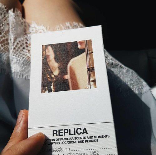 That feeling. #currentfavorite #maisonmargiela #maisonmargielafragrances #fragrance #fragrances #lace #scent #perfume #perfumes #perfumery #beautyaddict #beautyjunkie #beauty #instabeauty #beautyhaul #essentials #holygrail #parfum #beautyshareit #vscobeauty #fdbeauty #clozetteid #clozette #clozetteco #beautyblogger #beautyeverywhere