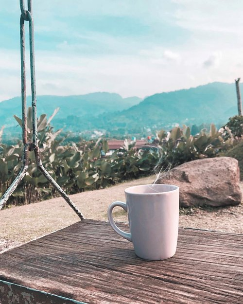 . Coffee first. Schemes later. Hehe. 😌 . . . . . #coffee #morning #friday #fridayvibes #weekend #scenery #coffeewithview #nature #vibes #whpcoffee #travel #clozetteid