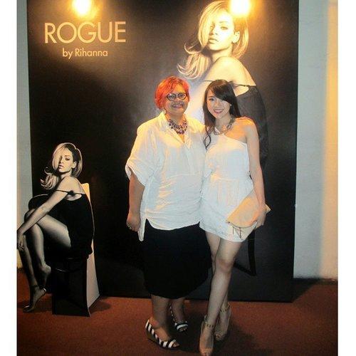 Me and ibu @tenikhartono editor in chief of @grazia_id last night at the Rouge by Rihanna, White party... #whitedress #whiteparty #ladyinwhite #whiteonwhite #empiricajakarta #empirica #graziaday #graziaindonesia #rogue #styles #fashion #styleicon #styleoftheday #clozetteambassador #clozetteid #fashionstyle #clozetteco #dressy #indonesianfashionblogger #indonesianbeautyblogger #aboutalook #ootdasean #ootdindo #ootd