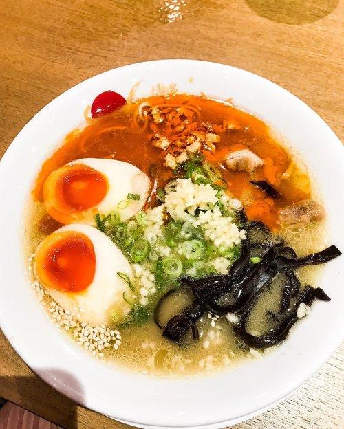 Tamtam Chicken Ramen and Karage 🍜 #ramen #chickenramen #tamtamramen #japaneseramen #chickenkaraage #karage #japanesefood #instafood #japanesefood #clozetteid