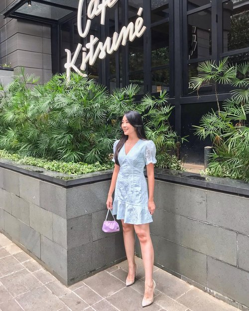 Saturdate / Dateturday dress code = Mint Blue Dress + Lilac Pouch from @sascofficial x @raisa6690 (too cute to be just a make up pouch) its more like kimono's drawstring pouch for me..   #iwearlovebonito  #lovebonito #pictureoftheday #lbwomen #dress #dressup #clozetteid #clozetteambassador #instagram #instagood #lbootd