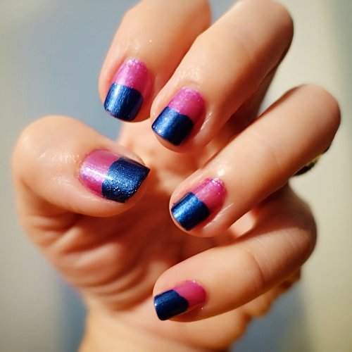 Simple #colorblock #nails #clozette #clozetteid