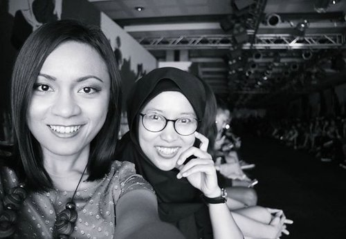 We always have a time for a selfie, cheers 😁 #PIFW2016 #PIFW #COASTINDONESIA #ClozetteID