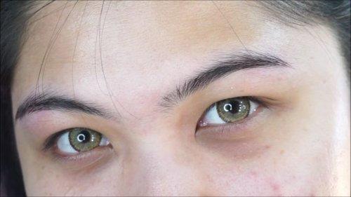 Jangan lupa cek full tutorial 2 cara mudah pakai softlens di youtube ku yaaa! youtube.com/cutauzolaazalia atau click link di bio ❤ . Softlens: @eyelovin Veronica Brown . . . . #makeup #wakeupandmakeup #tutorial #softlens #dailymakeup #makeupforbarbies #beautyblogger #beautybloggerindonesia #dressyourface #hudabeauty #undiscovered_muas #blogger #influencer #bloggerceria #bloggermafia #clozetteid #fdbeauty #beauty #beautybloggerindonesia #tampilcantik #beautyjunkie #makeupgeek #beautychannelid