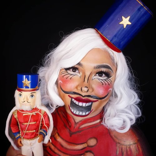 Duo nutcracker 😁 . Watching Barbie in The Nutcracker really inspired me to make a Nutcracker look😁 I had this doll since I was a kid btw, bought it along with the Barbie Doll as Sugarplum Princess, my fave! . . . . #barbieandthenutcracker #nutcracker #nutcrackermakeup #makeupforbarbies  #indonesianbeautyblogger #barbieclara #barbienutcracker #undiscovered_muas @undiscovered_muas #clozetteid #makeupcreators #slave2beauty #coolmakeup #makeupvines #tampilcantik #mua_army #halloween #halloweenmakeup #fantasymakeupworld #100daysofmakeup  #crazymakeup