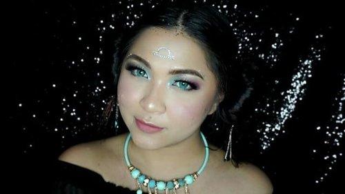 Yay! New year means new makeup collaboration! . Di awal tahun ini @atomcarbonblogger bikin makeup collaboration yang terinspirasi dengan karakteristik masing-masing zodiak yang ada! . Check out the teaser dan jangan lupa mampir dan follow IG blogger-blogger kece ini yaa buat lihat full look-nya 😍 . Capricorn - @reredini84 Aquarius - @everonia7 Pisces - @bycleoputri Aries - @lilintanggg Taurus - @fiarevenian Gemini - @yukalicious15 Cancer - @simplybeautyme Leo - @chandra_wulan1 Virgo -  @nindyz Libra - @auzola Scorpio - @esybabsy Sagitarius - @irene_unarso . Video edit:  @irene_unarso . music credit to : www.purple-planet.com . zodiac sign :https://www.youtube.com/watch?v=SJhonkvdbcU https://www.youtube.com/watch?v=ZUsdGelKf5I . closing :https://www.youtube.com/watch?v=edtj2JgZ_cc . . . #vegas_nay #wakeupandmakeup #anastasiabeverlyhills #hudabeauty #influencer #beautyinfluencer #pink #pinkperception #dressyourface #auroramakeup #clozetteid #lfl #l4l #likeforlike #fotdibb #blogger #collaboration #newyear #newyear2017 #zodiac  #atomcarbonblogger #indonesianbeautyblogger #undiscovered_muas #indobeautygram