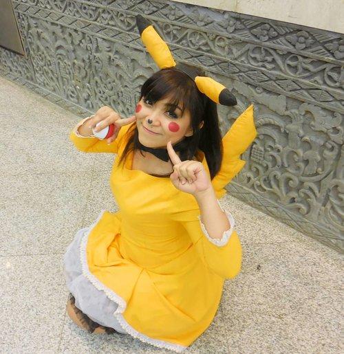 Pika-pi! . Have you watch Detective Pikachu? . . . . #cosplay #cosplayer #pokemon #pokeball #cosplayerindonesia #cosplayindonesia #pikachu  #detectivepikachu  #throwback #pikachucosplay #character #charactermakeup #wakeupandmakeup  #makeupforbarbies @makeupforbarbies #indonesianbeautyblogger @indobeautyblogger #undiscovered_muas @undiscovered_muas #bloggerceria @bloggerceriaid #clozetteid #fdbeauty #indobeautysquad @indobeautysquad @tampilcantik #tampilcantik #mua_army #fantasymakeupworld #100daysofmakeup #beautybloggerindonesia @beautybloggerindonesia #pikapika