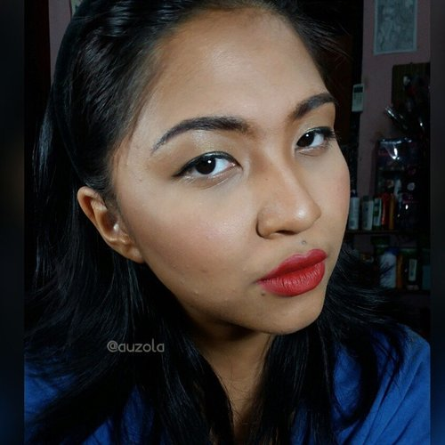 If i have exotic skin tone 😆😆 I'm using @makeoverid liquid foundation shade 07 caramel. It's reaaally dark for me. So what do you think? Exotic skin tone or normal skin tone? 😉 #makeup #clozetteid #skintone #dark #exotic #exoticskin #asian #transformation #fotdibb