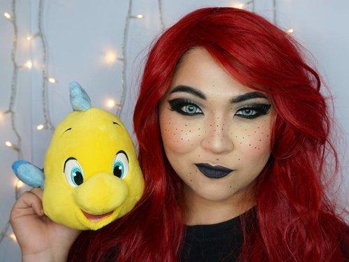 When you gone dark but Flounder still loves you anyway ✨ . . . . #beautyundefeated #makeup #makeuplook #eyemakeup #beauty #fdbeauty #vegas_nay #wakeupandmakeup #clozetteid @wakeupandmakeup #anastasiabeverlyhills #hudabeauty #influencer #beautyinfluencer #freckles #pinkperception #dressyourface #auroramakeup #fotdibb #blogger #indobeautygram #20likes #ariel  #thelittlemermaid #indonesianbeautyblogger #undiscovered_muas @undiscovered_muas  #indobeautygram #udmhalloween