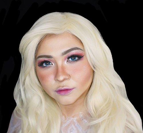 I want to post something but I haven't got something new. So here's a throwback as #elsa , queen of quarantine 😁❄ . . . . #elsa #queenelsa #frozen #disney #disneyprincess #intotheunknown #icequeen #lookalike #charactermakeup #frozen2id #wakeupandmakeup #makeupforbarbies  #indonesianbeautyblogger #undiscovered_muas @undiscovered_muas #clozetteid #makeupcreators #indonesianbeautyblogger #slave2beauty #coolmakeup #makeupvines  #beautybloggertangerang #indobeautysquad #indobeautygram #fdbeauty #tampilcantik #mua_army #fantasymakeupworld #100daysofmakeup